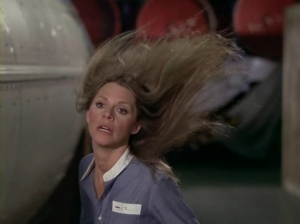 I'm so glad I found this action shot of Bionic Woman! I'm sure this is what she would look like dancing ... ;)